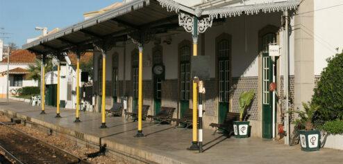 Estação dos Caminhos-de-ferro